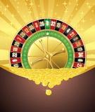 Roulette und goldene Münzen Stockfotografie
