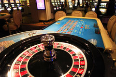 Roulette wheel in casino Stock Photography