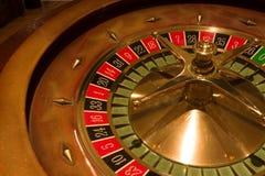 Roulettetabelle im Kasino stockbilder