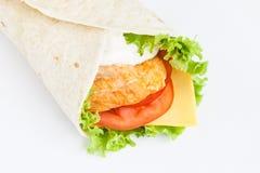 Roulis de lavash avec le poulet photographie stock libre de droits