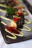 Roulis de sushi de la plaque bleue 2 Images libres de droits