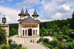 Roumain orthodoxe de monastère photographie stock