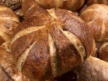 Round świeżo piec babeczka na stole Mąka produkt, babeczki obraz stock