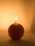 Round świeczka na białym tle Zdjęcia Royalty Free