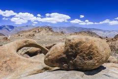 Free Round Arch, Alabama Hills, Sierra Nevada Stock Photos - 61164743