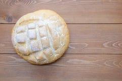 Round bochenek biały chleb obraz royalty free