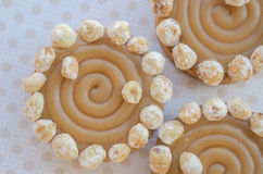 Round cakes with caramel and nuts Royalty Free Stock Photos