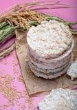 Round crispy ryżowi krakers, żywienioniowy pojęcie i zdrowy vegetari, fotografia stock