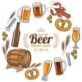 Round frame with beer icons Royalty Free Stock Photos