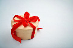 Round gift box Royalty Free Stock Photography