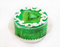 Round green cake with kiwi fruit Royalty Free Stock Images