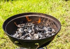 Round grill z węglami Zdjęcie Royalty Free