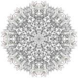 Round mandala rysujący z czernią wykłada na białym tło ornamencie ilustracji