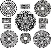 Round Ornament Pattern with pattern brash. Set of Round Ornament Pattern with pattern brash Royalty Free Stock Photos