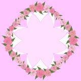 Round rama róże z liśćmi różni rozmiary z przestrzenią dla teksta, wśrodku wklęsłego ośmioboka _ Fotografia Royalty Free