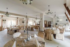 Round tables in exclusive restaurant Stock Photography