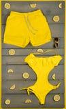 Roupa de banho amarelo de uma peça só Fotos de Stock Royalty Free