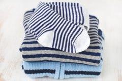 Roupa do bebê azul Foto de Stock Royalty Free
