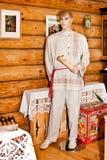 A roupa dos homens da vila do linho Fotos de Stock Royalty Free