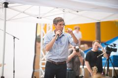 ` Rourke Democrata Texas Campaigns de Beto O para o Senado foto de stock royalty free