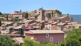 Roussillon-Dorf in Frankreich stockbilder