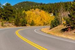 Route à l'automne dans le Colorado, Etats-Unis Images stock
