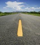 Route à l'horizon photos libres de droits