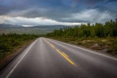 Route à l'infini photographie stock