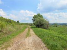 Route à la distance images libres de droits