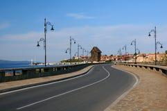 Route à la vieille ville de Nesebar Image libre de droits