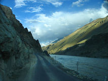 Route à Leh images libres de droits