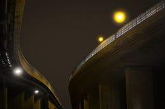 Route élevée la nuit Photographie stock libre de droits