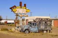 Route 66 kant van de wegteken royalty-vrije stock afbeeldingen