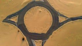 Route abandonnée de désert banque de vidéos