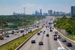 Route 401 au cours de la journée Images libres de droits