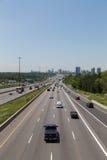 Route 401 au cours de la journée Image libre de droits