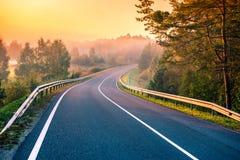 Route au lever de soleil image libre de droits