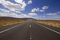 Route au parc de nation de canyon grand en Arizona, Etats-Unis Image stock