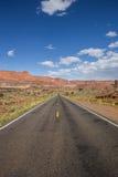Route 12 au sud de Torrey et récif de capitol en Utah Images libres de droits