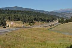 Route aux montagnes Photos libres de droits