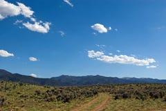 Route aux montagnes Photos stock