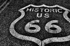 Route 66 av den historiska vägen för nationell huvudväg Arkivfoton