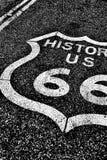 Route 66 av den historiska vägen för nationell huvudväg Royaltyfri Bild