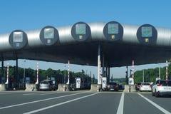 Route A10 - Barrier de Saint-Arnoult La plus grande plaza de péage en Europe photo libre de droits