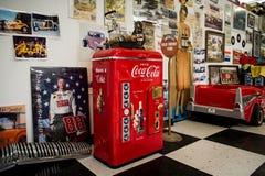Route 66 bilmuseum arkivfoton
