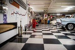Route 66 bilmuseum arkivbilder