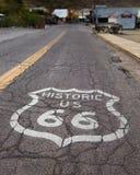 Route 66 : Bouclier de route, Oatman, AZ image stock