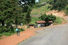 Route d'enroulement aboutissant par l'Ouganda image libre de droits