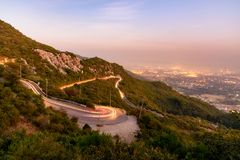 Route d'enroulement Islamabad Pakistan Image stock