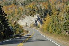 Route d'enroulement par la montagne Photo libre de droits